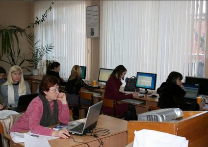 Компания Компьютерная Академия фото 6